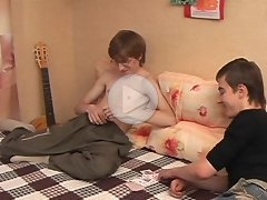 FLASH !!! Doggyboys - Horny amateur twinks and gay teens in solo and hot action scenes. 100% Exclusive!